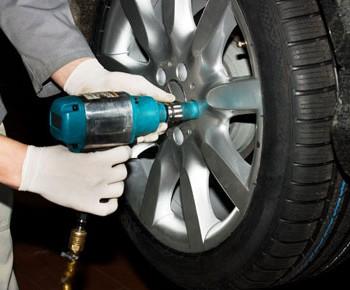 tire-rotation-350x290
