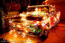 truck-and-christmas-2016